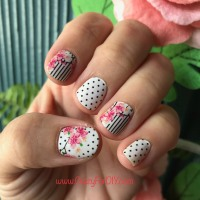 Color Street - DIY Nail Polish Strips